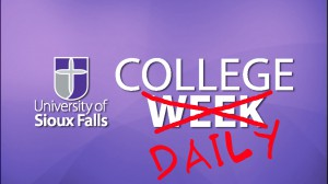 COLLEGE DAILY LOGO